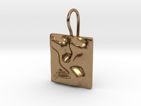 18 Tzadi Earring in Natural Brass