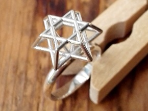 Hexagram Ring in Polished Silver