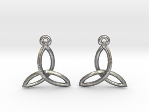 Celtic Knot Earrings in Natural Silver