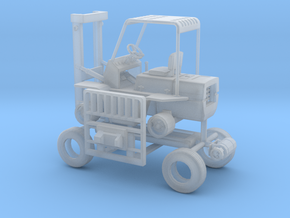 1/64th Hyster Type Forklift in Smooth Fine Detail Plastic