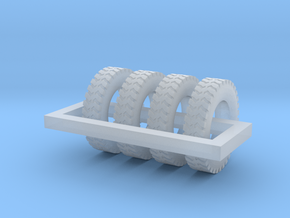 1/87 Ground Gripper Tires X 4 in Smooth Fine Detail Plastic