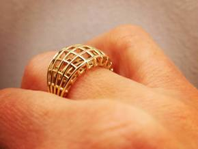 Wired ring in Polished Brass
