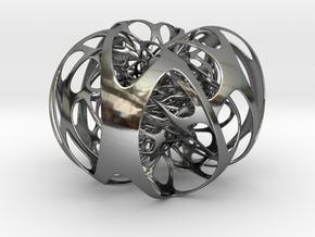 3 interlocking Clifford tori in Fine Detail Polished Silver