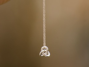 knot in Polished Silver