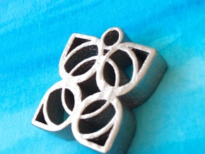 Flower Pendant in Polished Nickel Steel