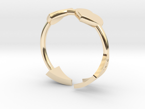 Arrow with two hearts ring 17mm in 14k Gold Plated Brass