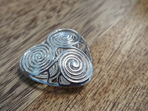 live, love and laugh celtic heart in Polished Silver