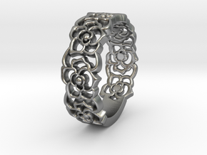 Roses band ring in Raw Silver