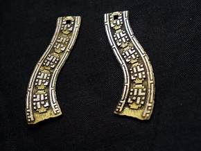 Traveling Companions (Earrings) in Polished Gold Steel