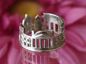 Berlin Cityscape - Skyline Ring in Polished Silver