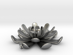 Water Lily Pendant in Natural Silver