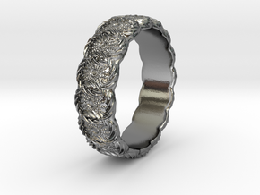 Daisy - Ring in Polished Silver: 6.75 / 53.375