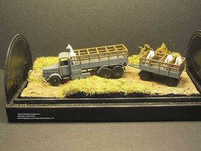 1/144 Faun with 3 ton trailer for horse transport in White Strong & Flexible