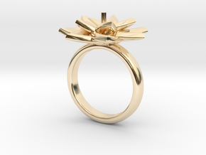 Ring Lily in 14k Gold Plated Brass: 5.5 / 50.25
