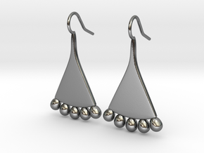 An Egyptian Fellah Earring in Polished Silver