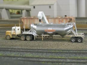 HO 1/87 Dry Bulk Trailer 11 - Heil 1040 Superjet in White Strong & Flexible