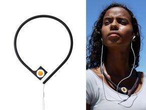 Pod à porter - neckband for iPod shuffle in White Strong & Flexible