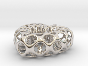 Mesh Heart Pendant in Precious Metal in Rhodium Plated Brass