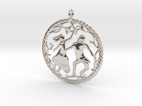 Beautiful vintage style pendant in Rhodium Plated Brass