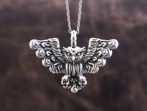 Owl Pendant in Polished Silver