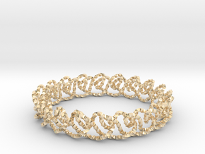 Chain stitch knot bracelet (Twisted square) in 14k Gold Plated Brass: Extra Small