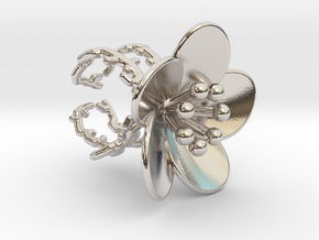 Flower ring (US sizes 1.5 – 5.5) in Rhodium Plated Brass: 1.5 / 40.5