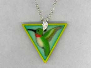 Hummingbird Pendant in Full Color Sandstone