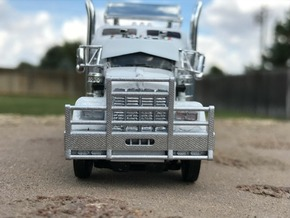 DCP Kenworth horizontal bar bumper in Frosted Ultra Detail
