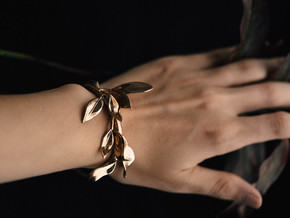 Laurel Leaf Cuff in Polished Bronze