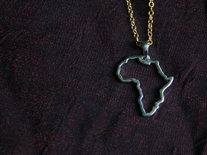 Africa Pendant in Polished Silver (Interlocking Parts)