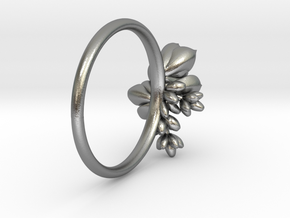 Botanical Cluster Ring in Natural Silver: 5 / 49