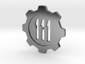 Fallout 4 Vault 111 Lapel Pin in Polished Silver