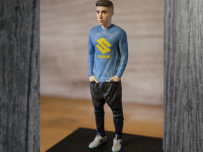 Justin Bieber Figure 1:9 in Full Color Sandstone