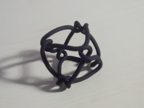 Octahedral knot (Circle) in Black Natural Versatile Plastic: Medium