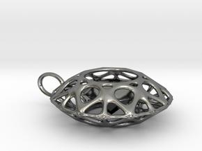 Brilliant diamond pendant in Polished Silver