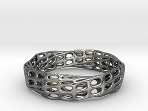 Mobius Band Voronoi Bracelet (003) in Fine Detail Polished Silver