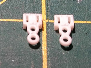 Replacment N Gauge Minitrix Crosshead x2 in Smooth Fine Detail Plastic