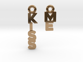"""Kiss me"" - A special message for a special date in Polished Brass"