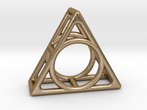 Simply Shapes Rings Triangle in Polished Gold Steel: 3.25 / 44.625