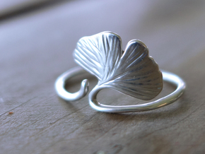 Ginkgo Leaf ring in Polished Silver