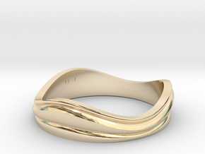 Ebb and Flow Band No.7 - Pinch me, size 7 in 14K Yellow Gold