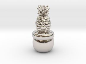 Little Pineapple in Rhodium Plated Brass