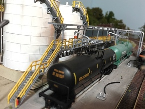 N Scale Tank Car loading Platform 2x2 in Frosted Ultra Detail