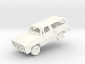 M1009 CUCV in White Processed Versatile Plastic: 1:200