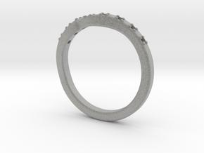 Shaped wedding ring in Metallic Plastic: 5.75 / 50.875