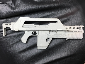 "1/10 scale Pulse Rifle for 7"" action figures in Smoothest Fine Detail Plastic"