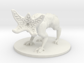 Demodog (Medium Monstrosity) (1x1 inch base) in White Natural Versatile Plastic