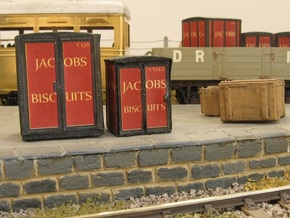 4mm Scale Jacob's Containers   in Black Natural Versatile Plastic