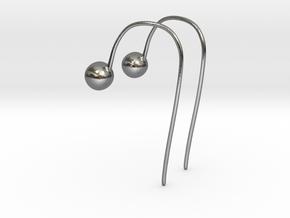 Hook Earrings in Polished Silver