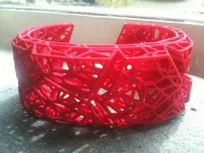 VoronoiBracelet v001: Large/In Charge in Black Natural Versatile Plastic